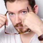 ハゲを隠すには髪型と目線を工夫すればOK!格好良くなれる方法